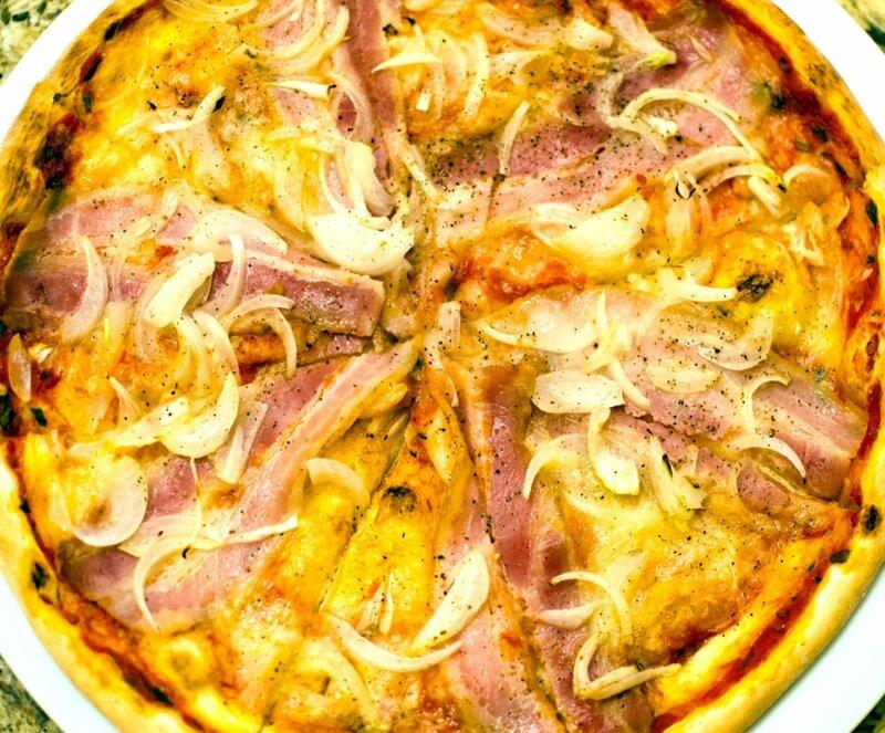 Пицца с хамоном.jpg