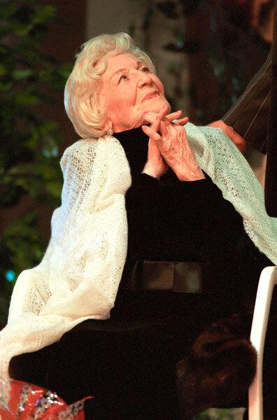 Изабелла Юрьева. 7 сентября 1999 года. Фото В.Вяткина