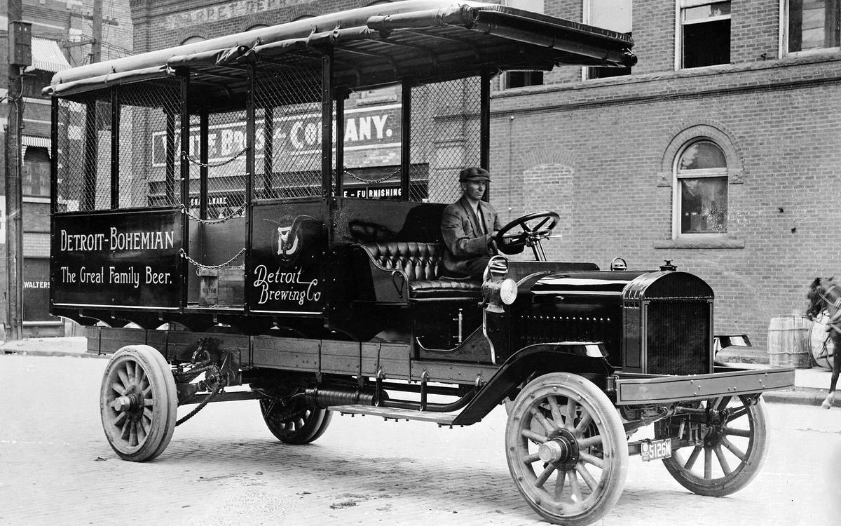 Специализированные транспортные средства начала 20-го века на снимках американских фотографов (11)