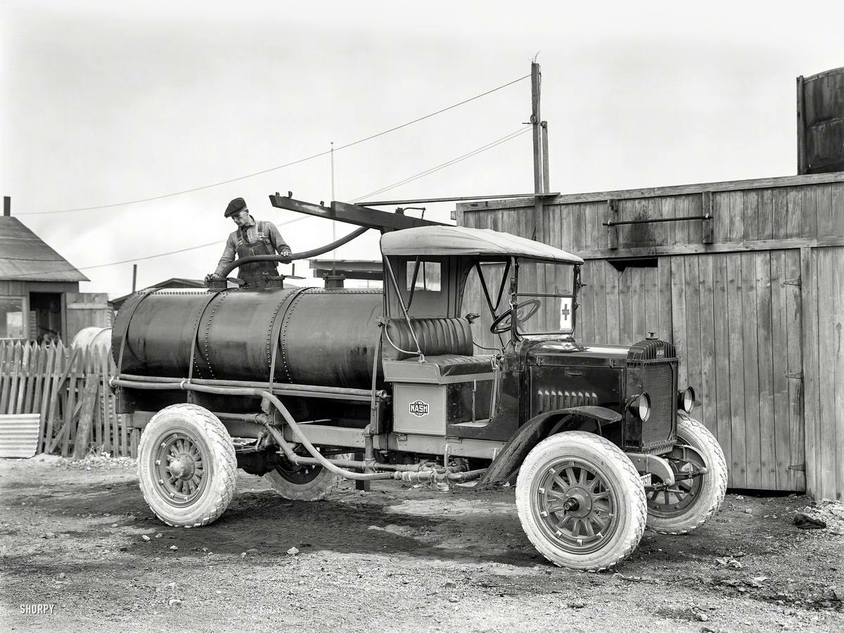 Специализированные транспортные средства начала 20-го века на снимках американских фотографов (23)