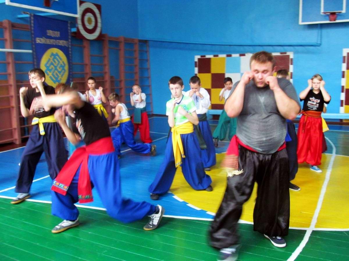 Квалификационный групповой экзамен в школе боевого гопака города Нетешин (Хмельницкая область) (13)