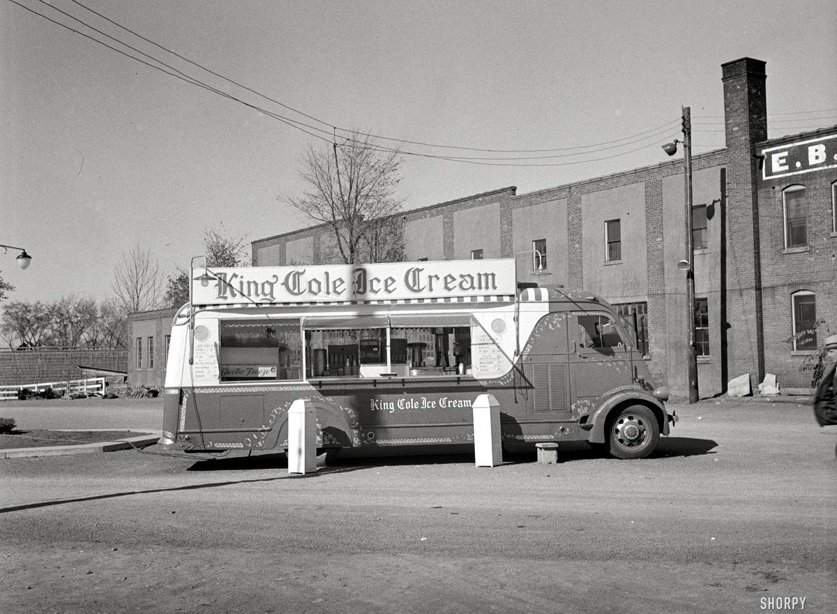 Специализированные транспортные средства начала 20-го века на снимках американских фотографов (67)