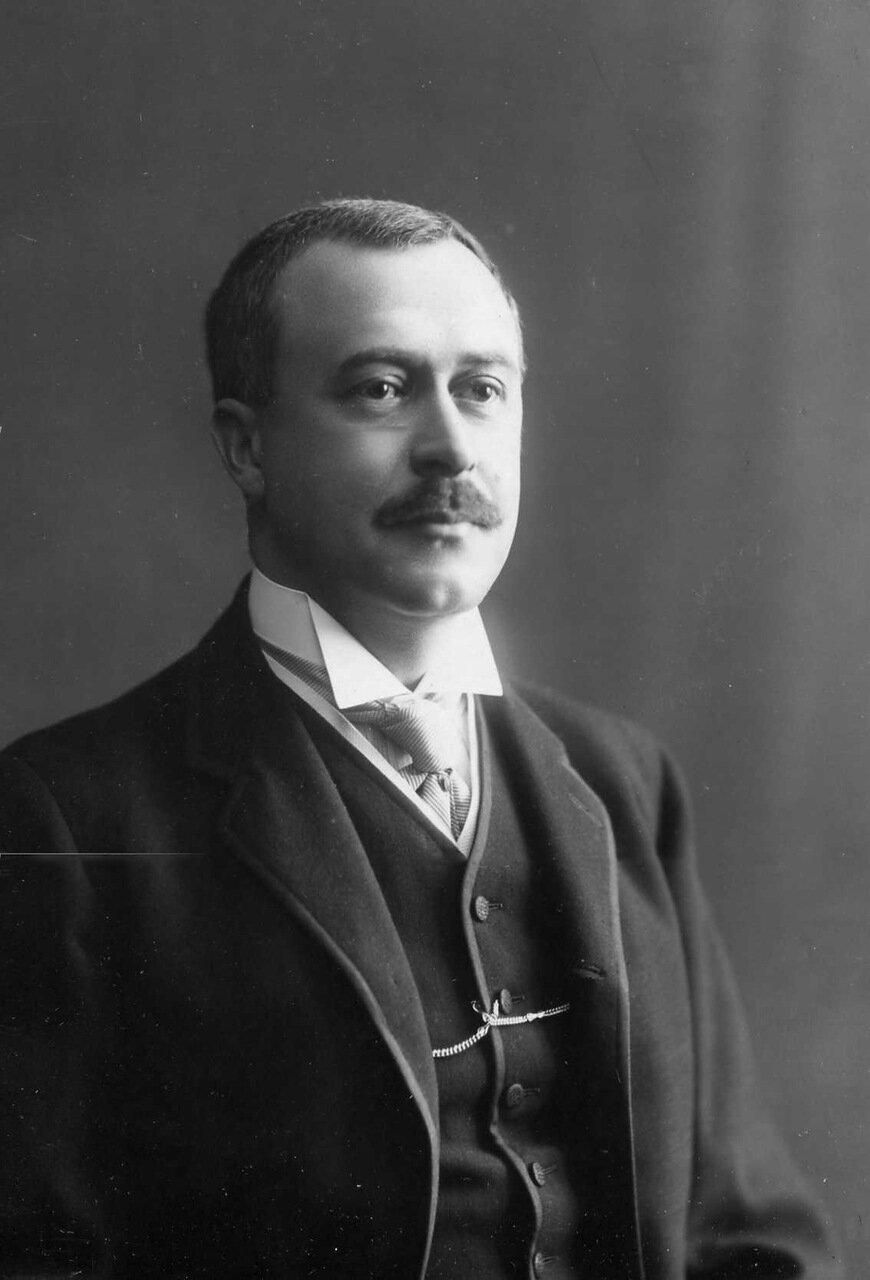 03. Секретарь аэроклуба Корн Василий Васильевич. 1914