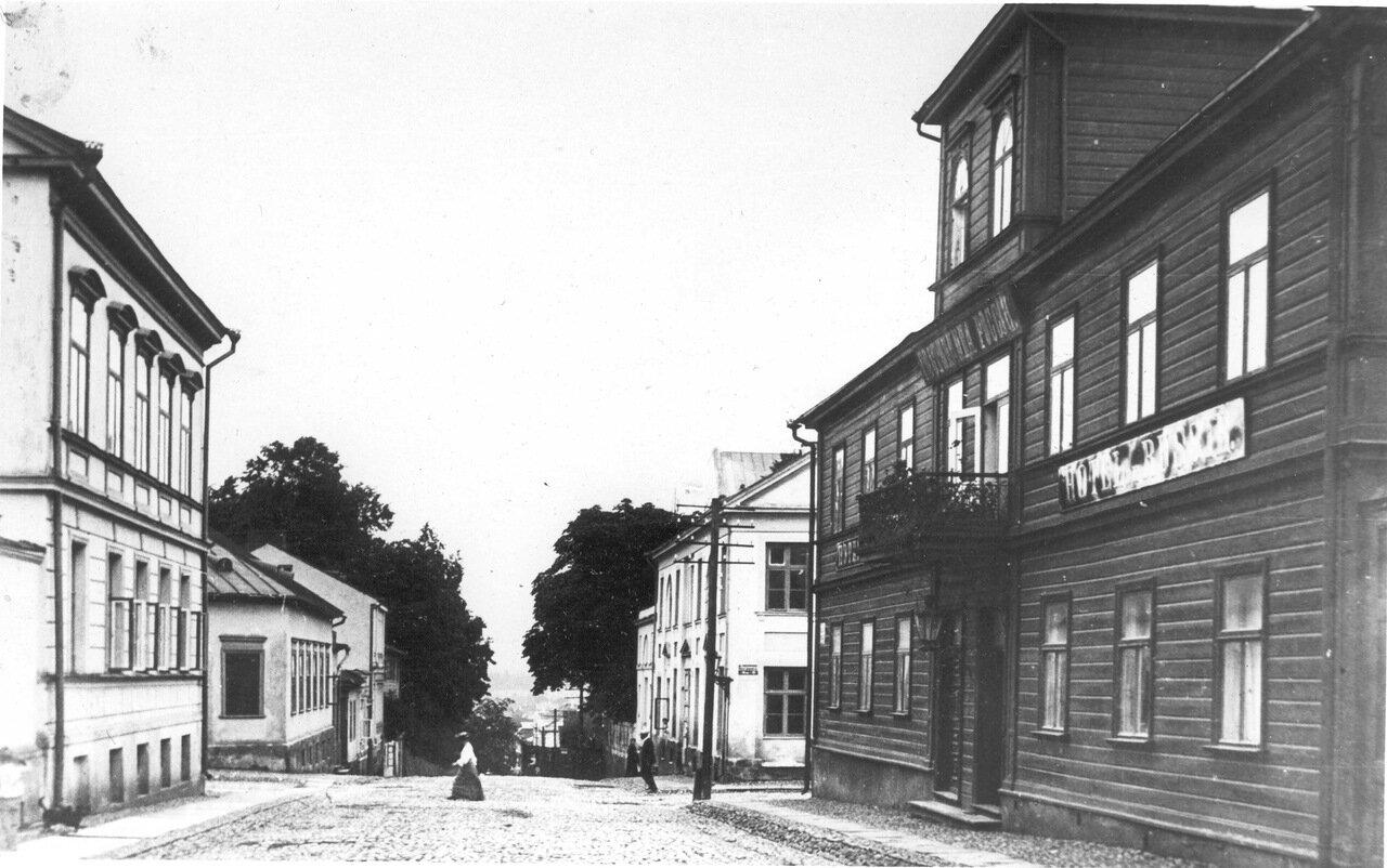 51. Гостиница Россия