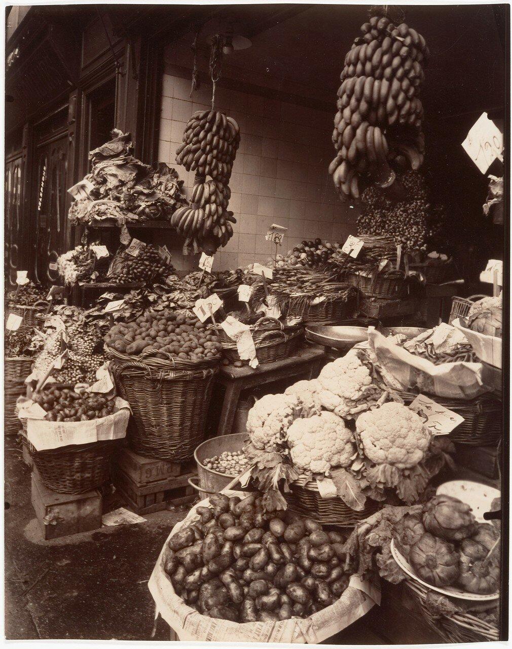 1925. Улица Муфтар