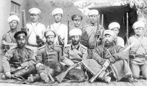 Леон Борщевский с охраной экспедиции
