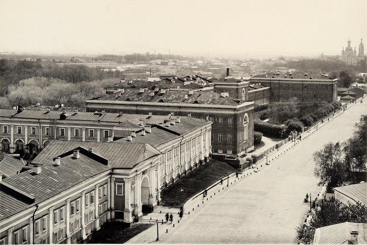 313. Лефортовский дворец