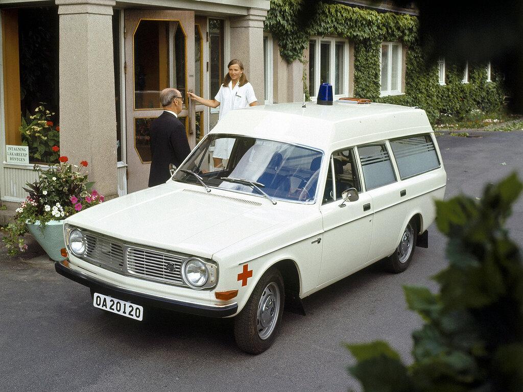 1972_Volvo_145_Express_Ambulance_emergency_stationwagon_2048x1536.jpg