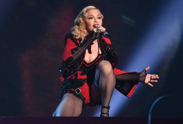 Джорджио Армани: Мадонна сама виновата в падении