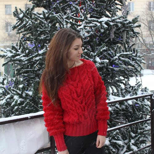 свитер ручной работы