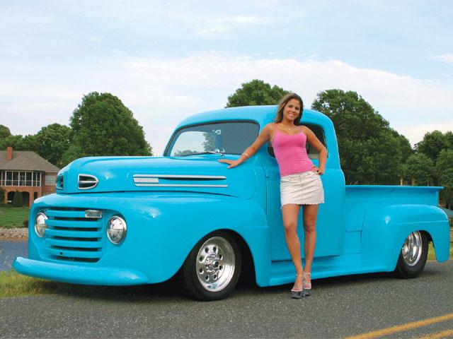 0804st_01_z+1949_ford_f1_pickup+model_with_car.jpg