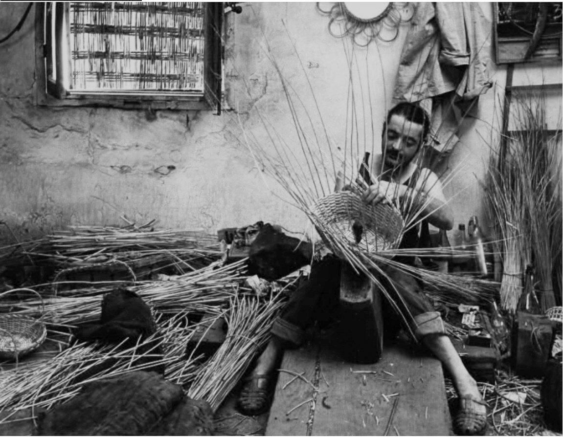 1966. Изготовитель корзин