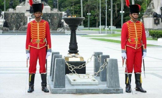 Как выглядят Могилы Неизвестного солдата в разных странах мира