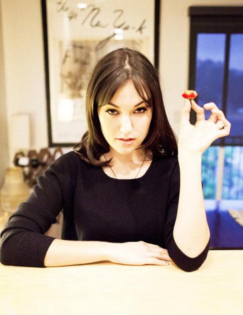 Саша Грей   фотографии на кухне