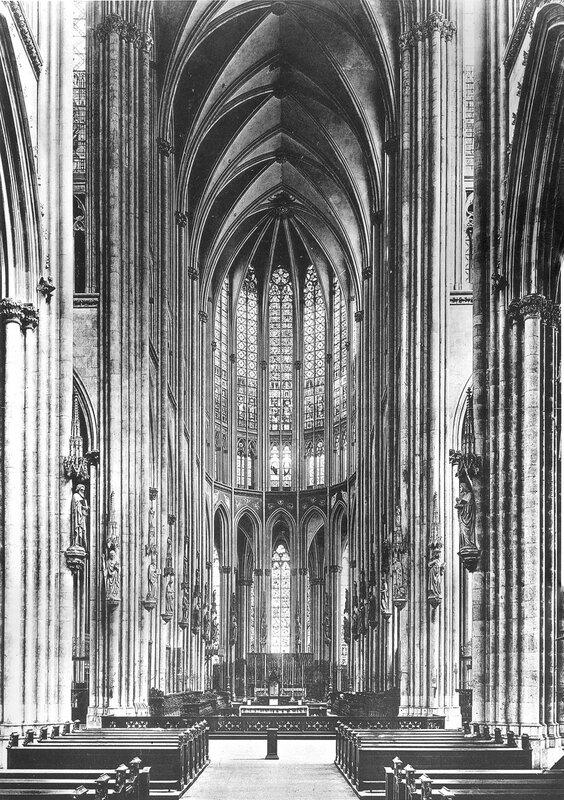 Blick in den Chor