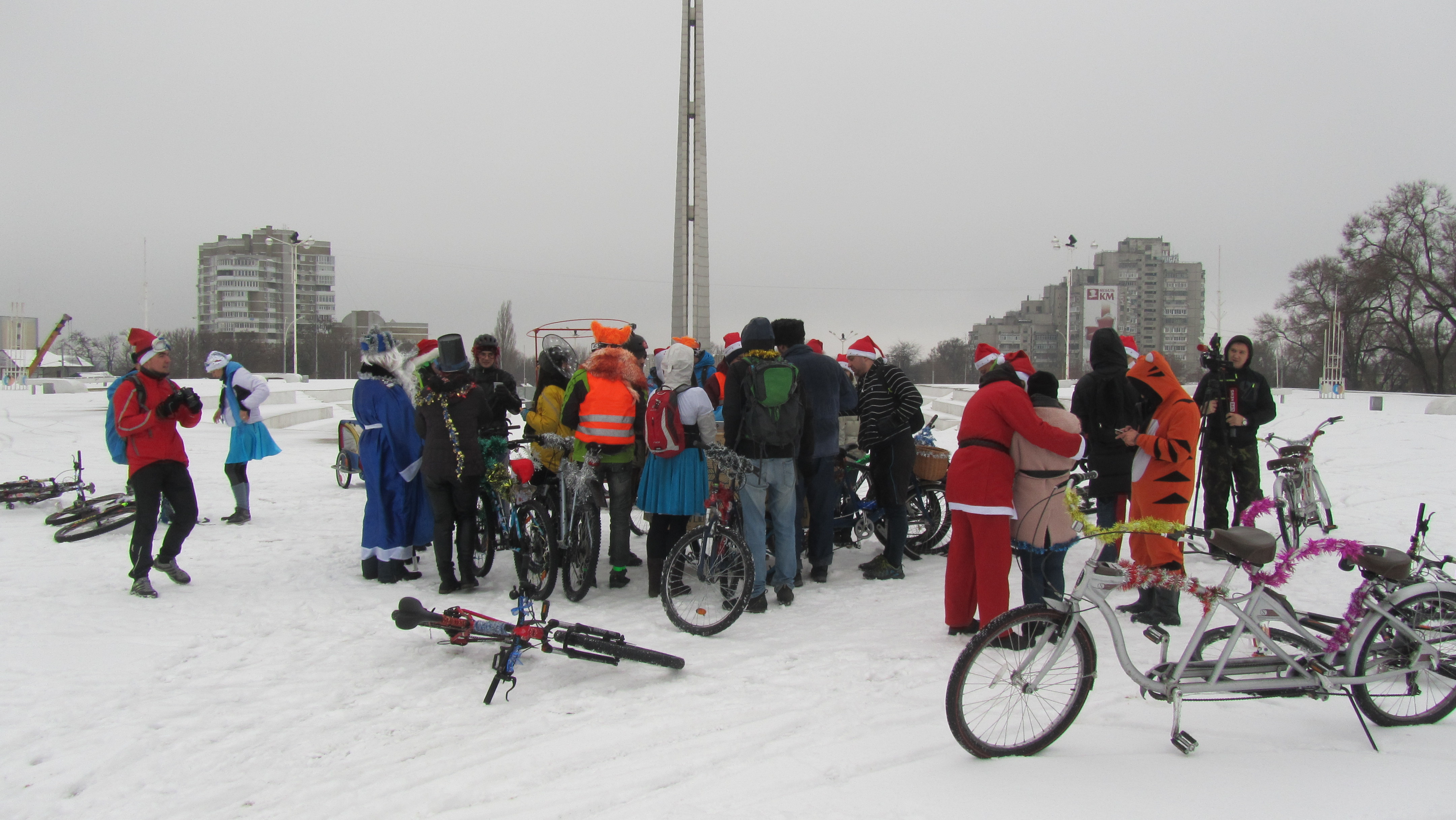 Велопокатушка в Новогодних костюмах