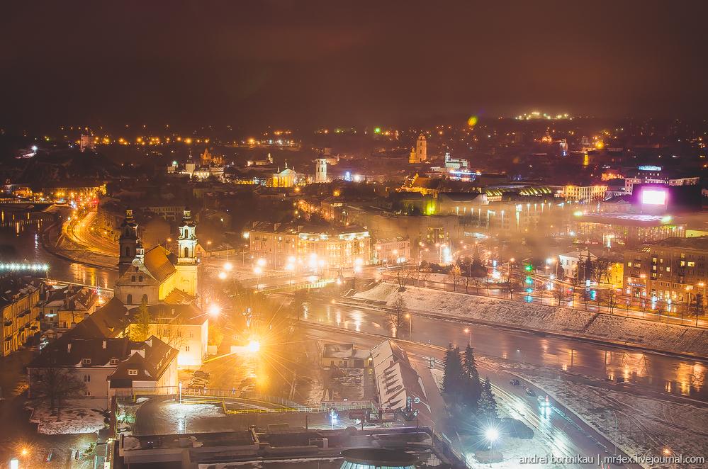 Новогодний Вильнюс, ночной Вильнюс, Литва зимой, панорама Вильнюса, Skybar