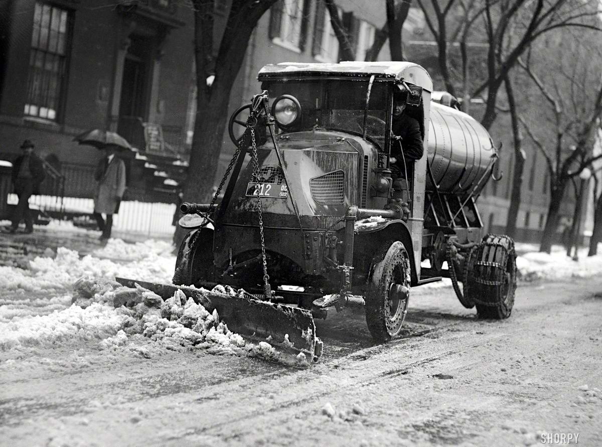 Специализированные транспортные средства начала 20-го века на снимках американских фотографов (32)
