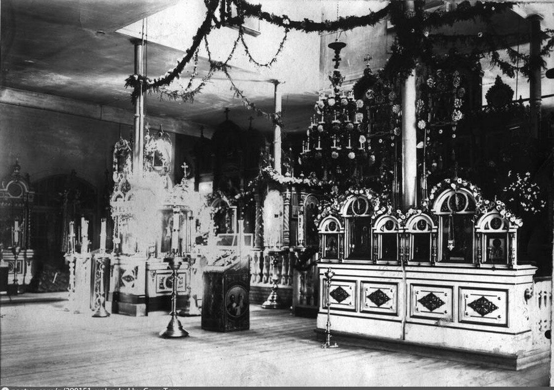Убранство церкви Казанской Божией Матери