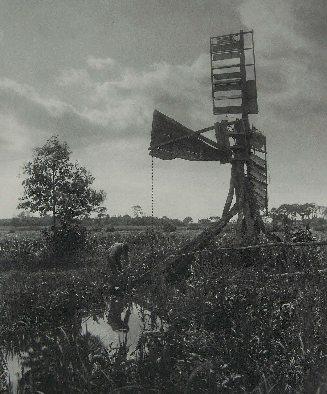 27.  Разрушенная водяная мельница