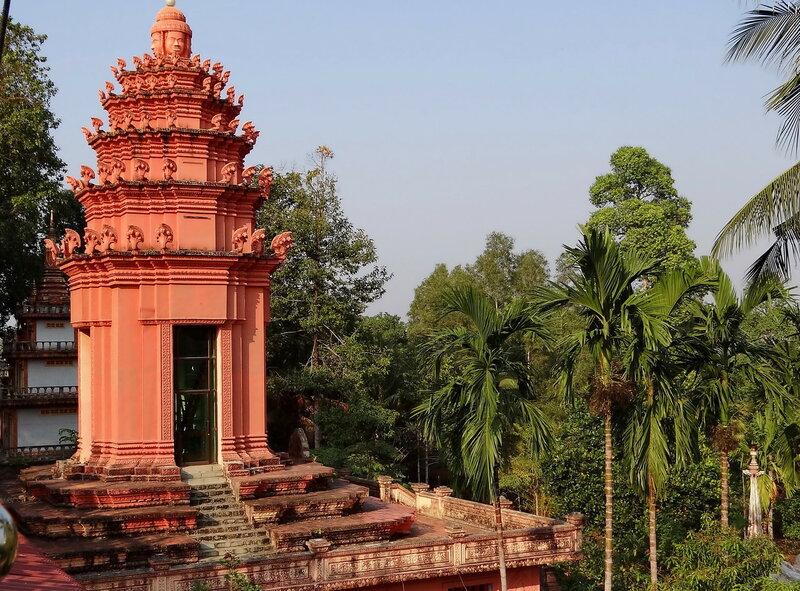Башня буддистского монастыря