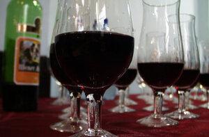 Россия запретила гражданам Молдовы привозить алкоголь