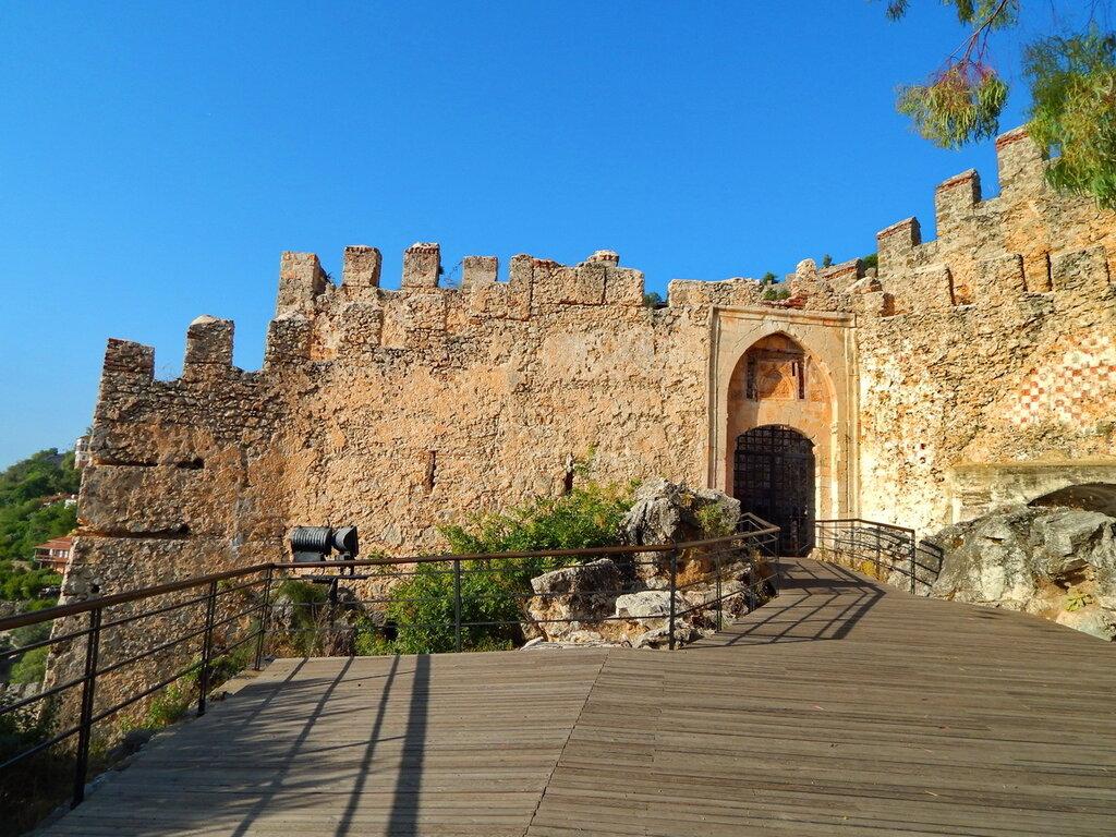 Главные ворота Аланийской крепости
