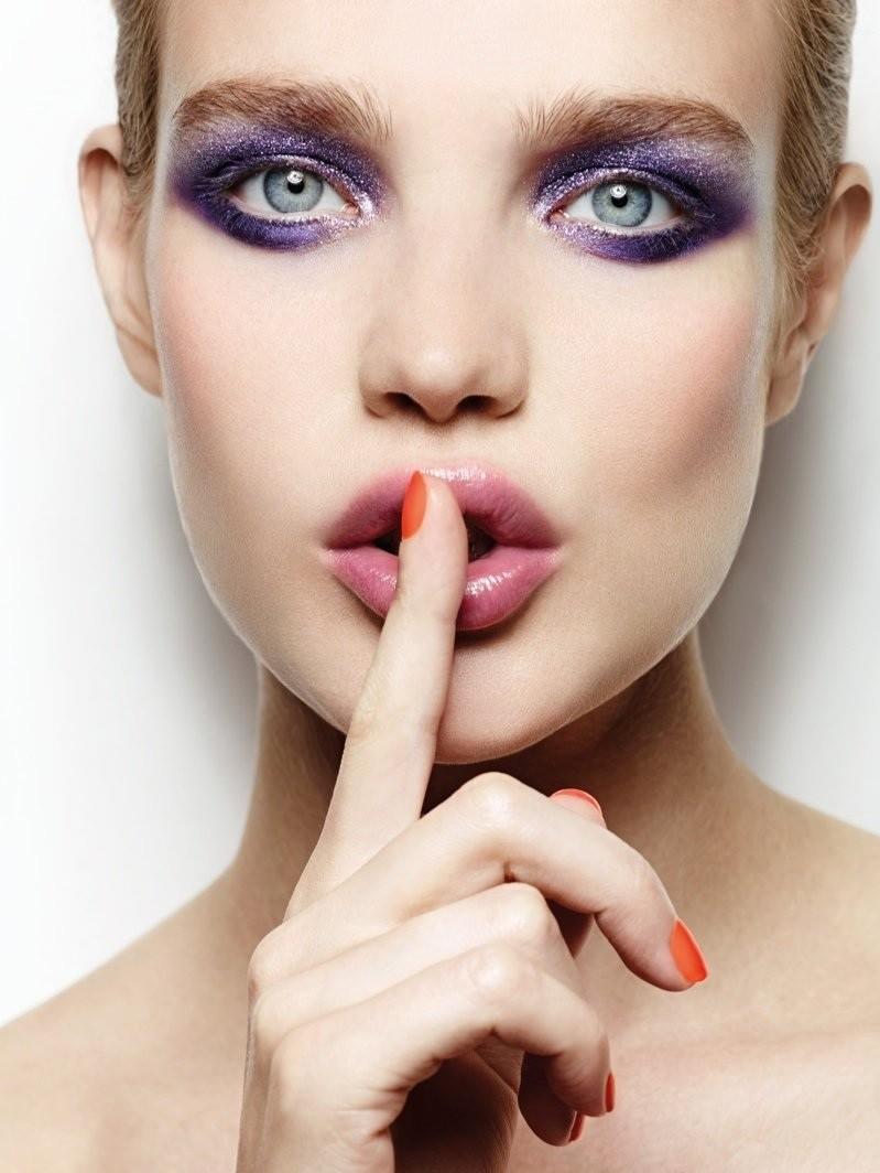 Наталья Водянова (Natalia Vodianova) в рекламной фотосессии для Etam Cosmetics