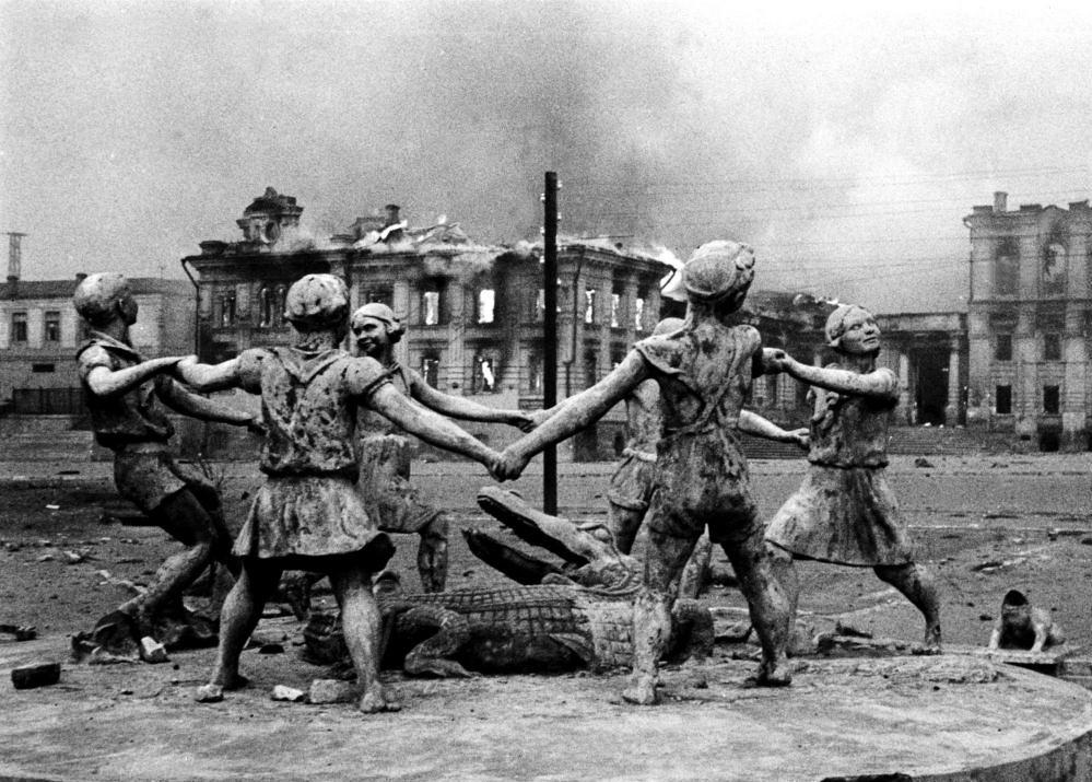 Советский Союз понес тяжелейшие потери в Великой Отечественной войне. Было стерто с лица земли 1710
