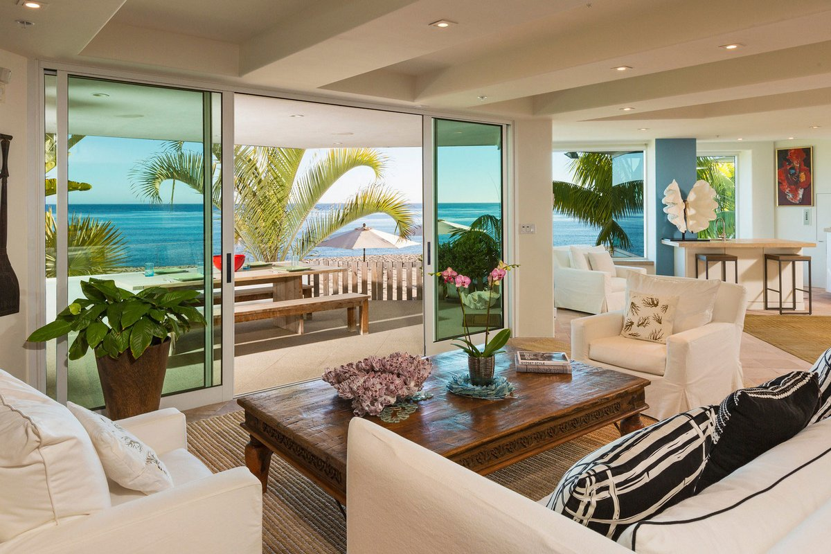 частный дом в калифорнии, особняки Малибу, особняки кинозвезд Голливуда, вилла на берегу океана, дом с видом на океан, роскошная вилла в Калифорнии