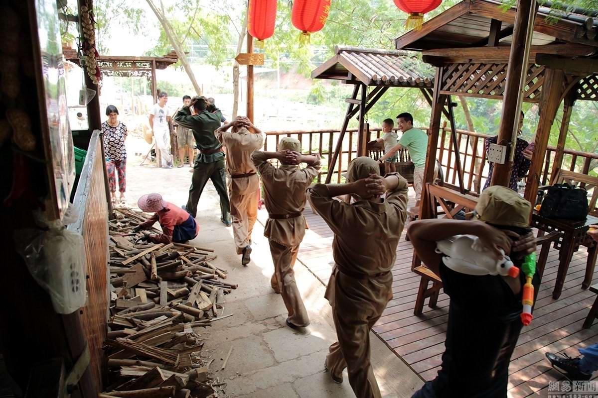 Крутые стрелялки: Китайский агротуризм с развлекательно-патриотическим уклоном (8)