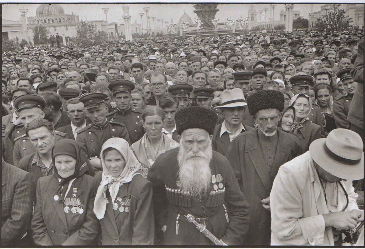1954. Москва. На открытии ВДНХ