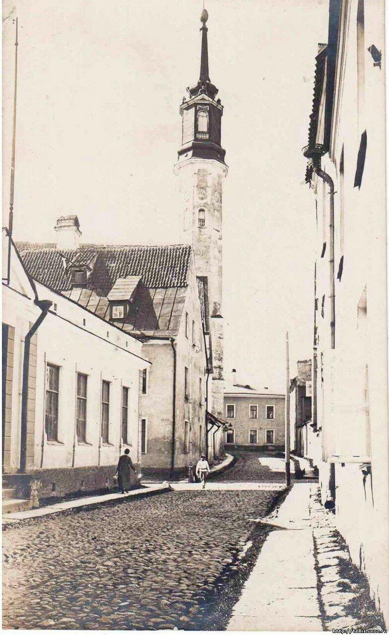 Кирочная улица