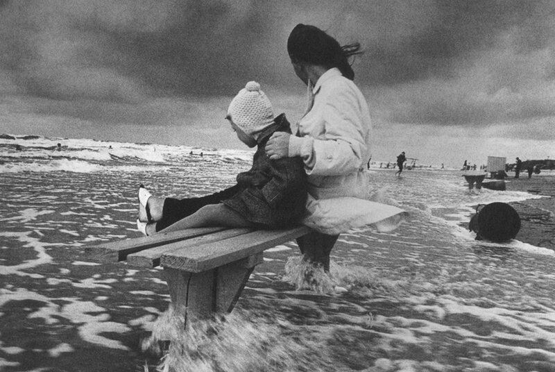 Антанас Суткус На балтийском море, 1970.jpg