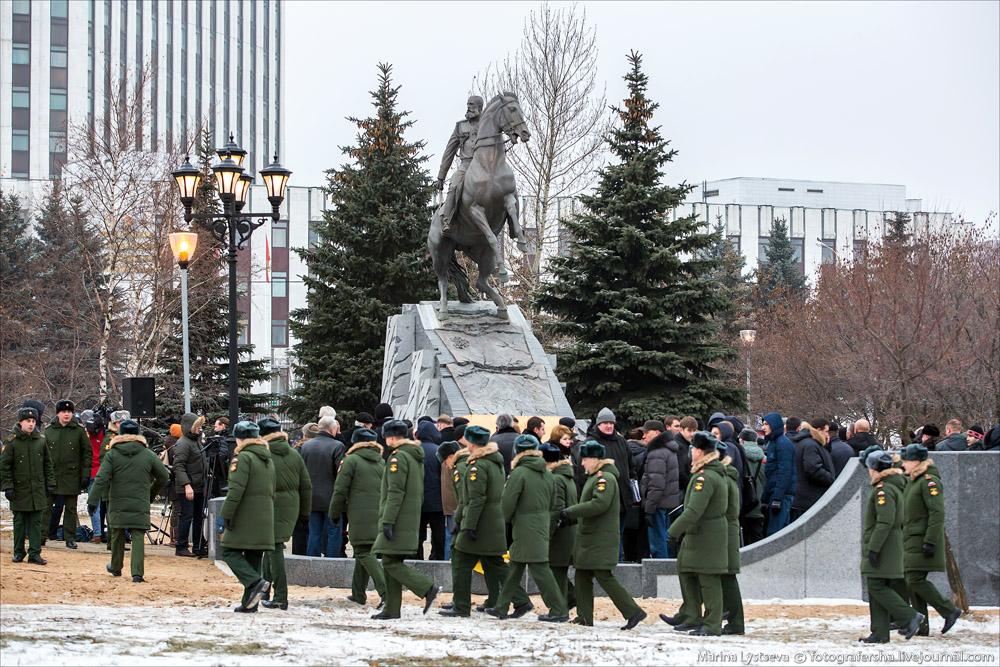 памятник генералу Михаилу Скобелеву