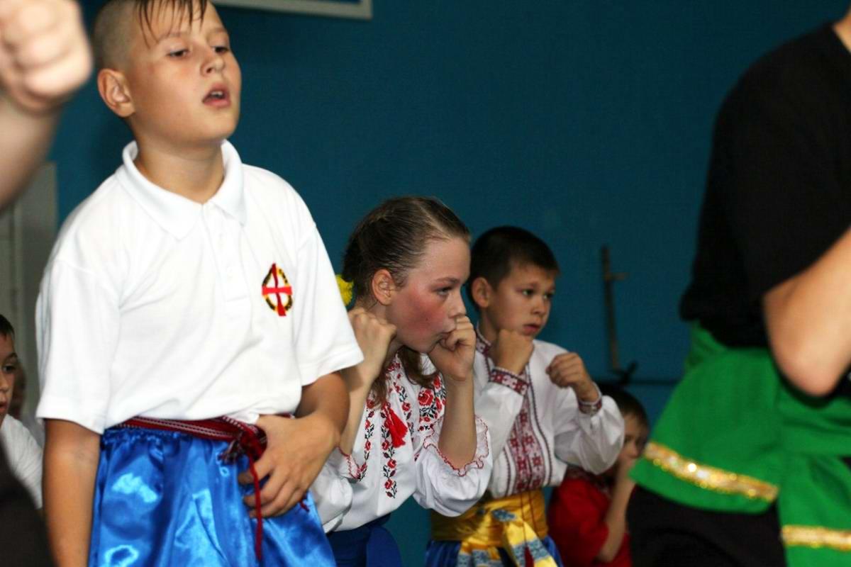 Квалификационный групповой экзамен в школе боевого гопака города Нетешин (Хмельницкая область) (28)
