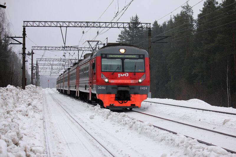 ЭД4М-0424 на перегоне Орехово - Васкелово