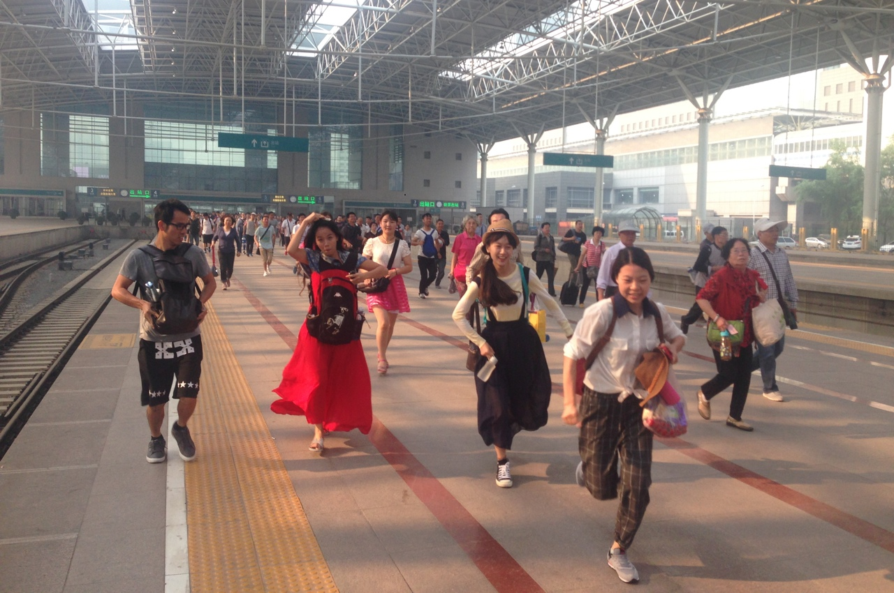 Посадка на поезд по китайски