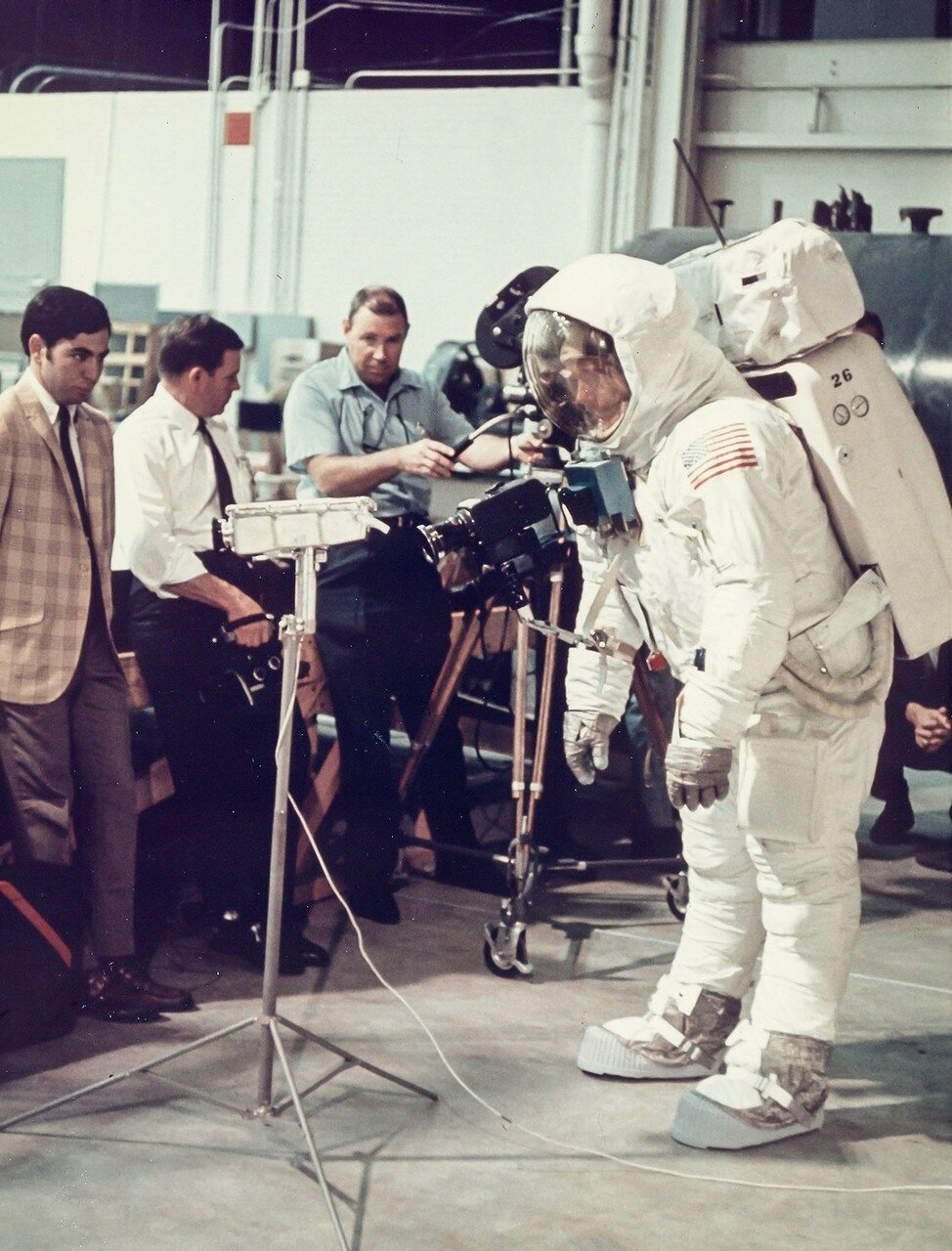 astronauts apollo 11 visite - HD913×1200