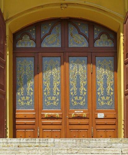 Врата Собора Александра Невского