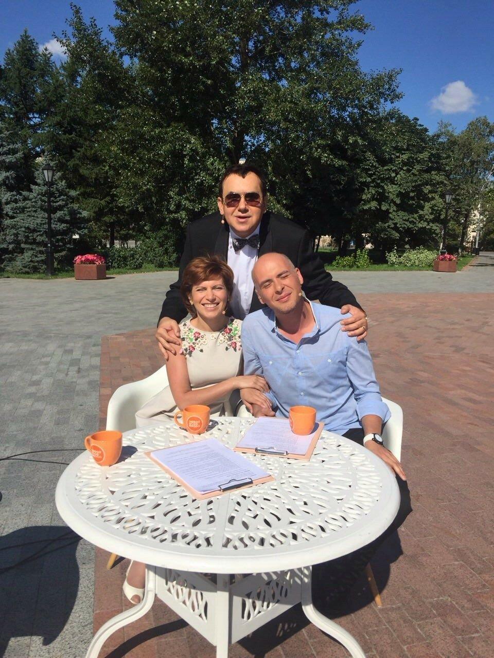 Доброе утро на Первом, Света Зейналова и Антон Привольнов