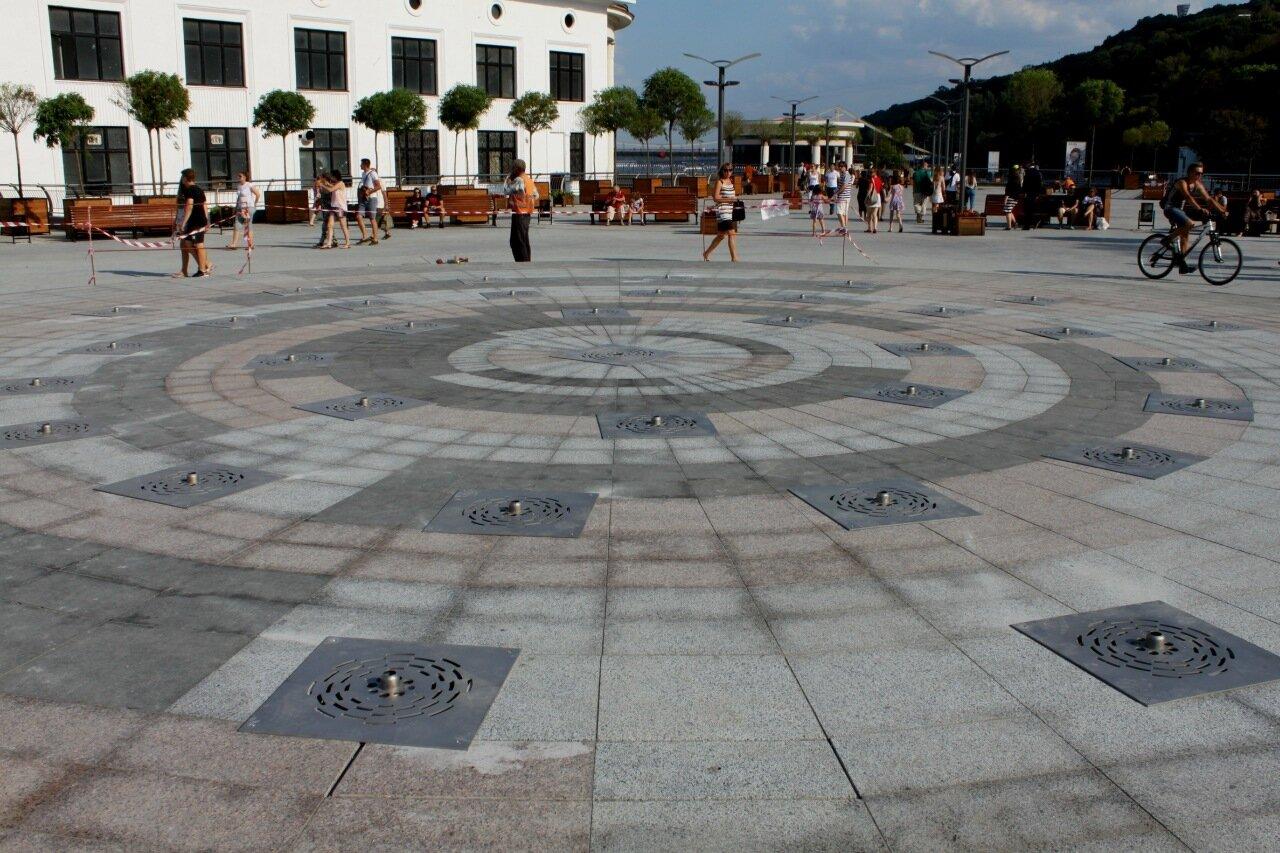 Фонтан на Почтовой площади