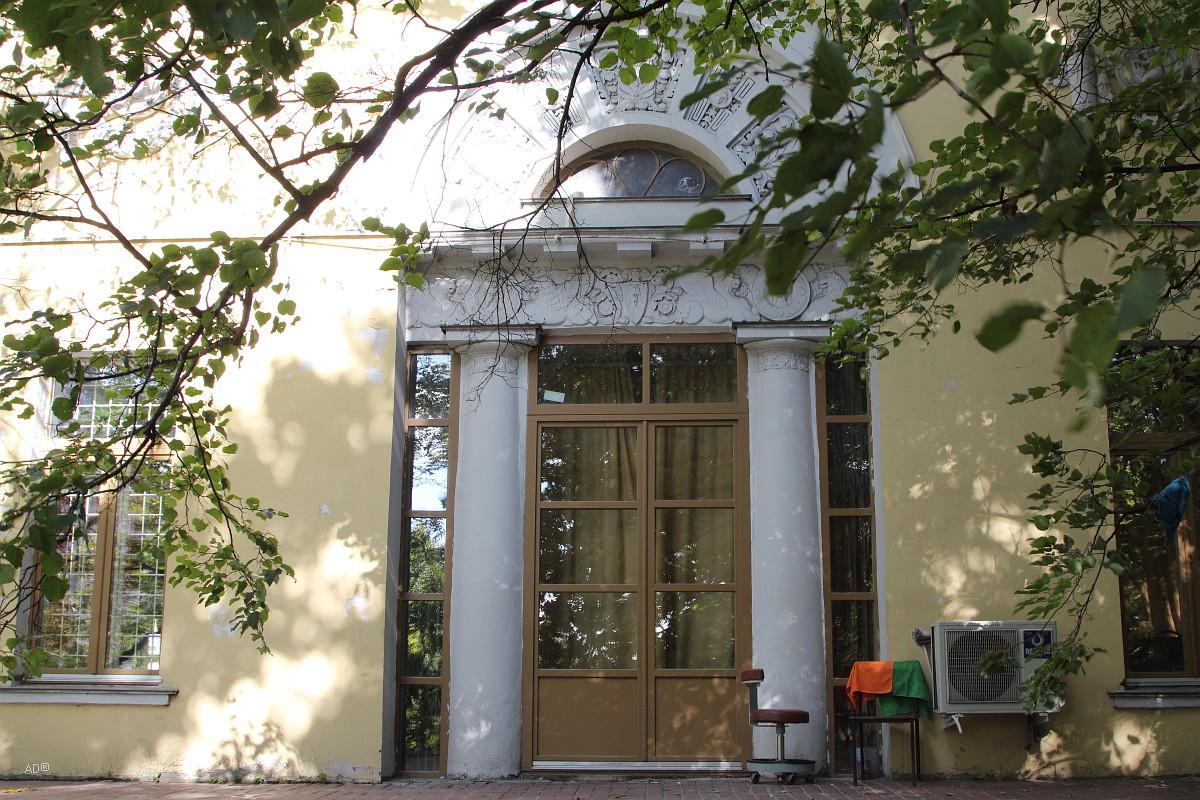 Главный дом усадьбы Усачёвых - Найдёновых