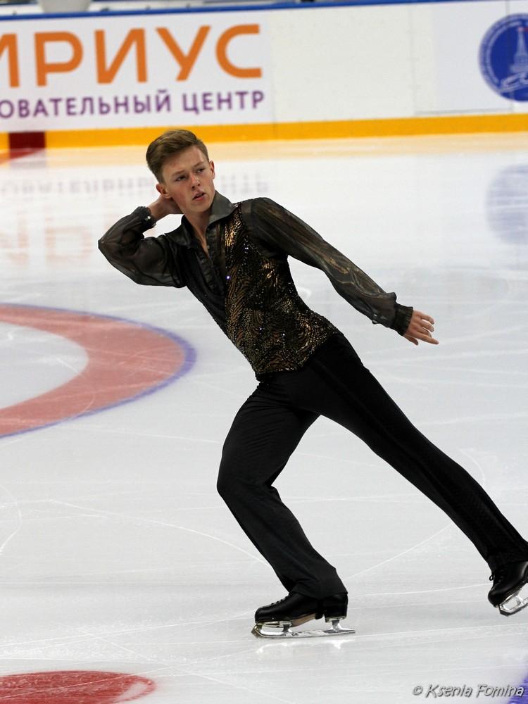 Александр Петров 0_c67ac_d9731b1_orig