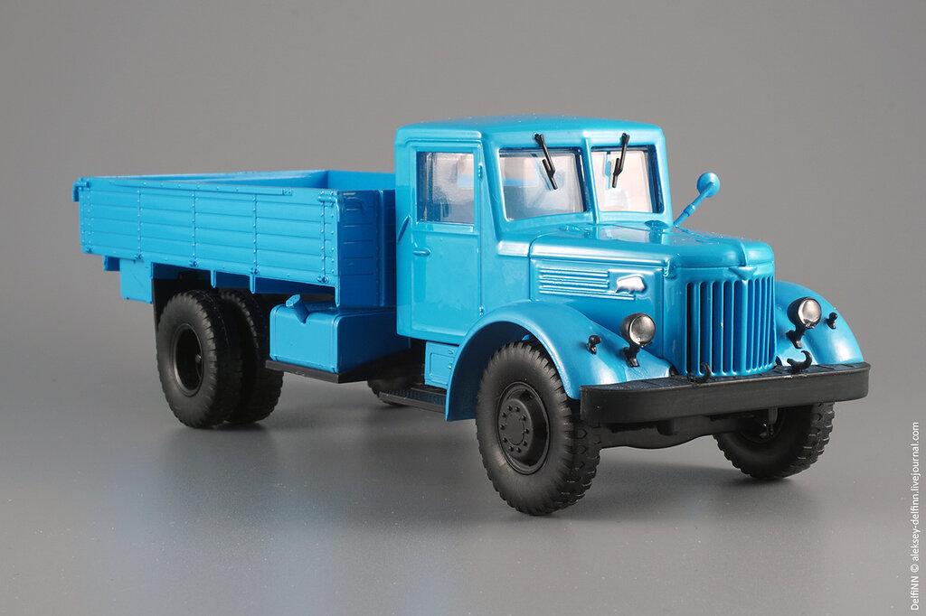 МАЗ-200-11.jpg