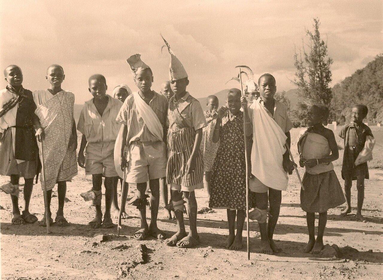 1950-е. Кения. Представители народности кикуйю