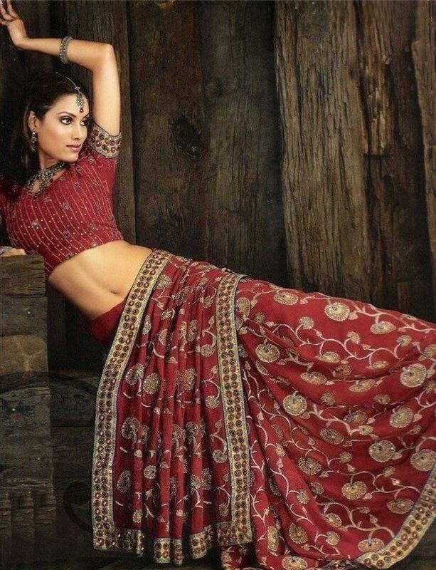Марта поздравления, картинки индийских девушек в сапогах