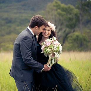 черное-свадебное-платье27.jpg
