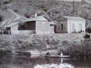 Водоподъемное здание и дом машиниста
