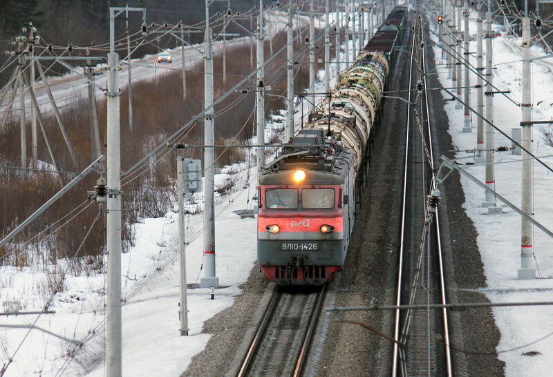 ВЛ10-1426 на станции Мга